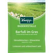 Kneipp - Badekristalle & Badesalze - Badekristalle Barfuß im Gras