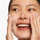 Clinique - Produits exfoliants - 2-in-1 Cleansing + Exfoliating Jelly