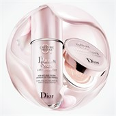 DIOR - Umfassende Anti-Aging Pflege - Capture Dreamskin Moist & Perfect Cushion SPF 50 - PA+++