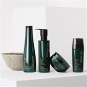 Shu Uemura - Ultimate Reset - Extreme Repair Shampoo