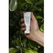Sisley - Women's skin care - Soin Hydratant Matifiant aux Résines Tropicales