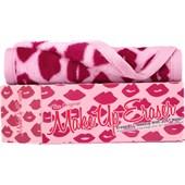 The Original Makeup Eraser - Facial Cleanser - Morning Kisses Light Pink Makeup Eraser Cloth