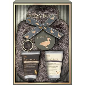 Image of Baylis & Harding Körperpflege The Fuzzy Duck Geschenkset Black Pepper & Sage Moisturizing Hand & Body Balm 50 ml + Chamomile Balancing Body Wash 50 ml + Wärmflaschenbezug 1 Stk.