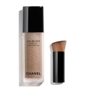 CHANEL - TEINT GRUNDIERUNG - Make-up mit Frischeeffekt und Mikrokapsel-Pigmenten. Zweite-Haut-Effekt. Natürlich strahlender Teint. LES BEIGES EAU DE TEINT