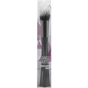 Catrice - Brushes - Triangle Artist Highlighter Brush