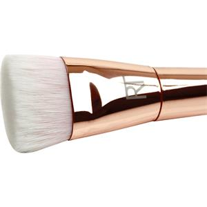 real-techniques-bold-metals-collection-finish-301-flat-contour-1-stk-, 34.95 EUR @ parfumdreams-die-parfumerie