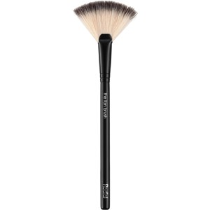 Rodial - Brush - The Fan Brush