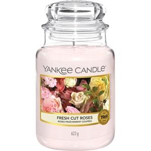 yankee-candle-raumdufte-duftkerzen-fresh-cut-roses-623-g, 29.95 EUR @ parfumdreams-die-parfumerie
