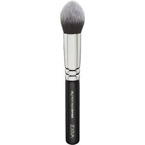 ZOEVA - Face brushes - 135 Petit Face Definer